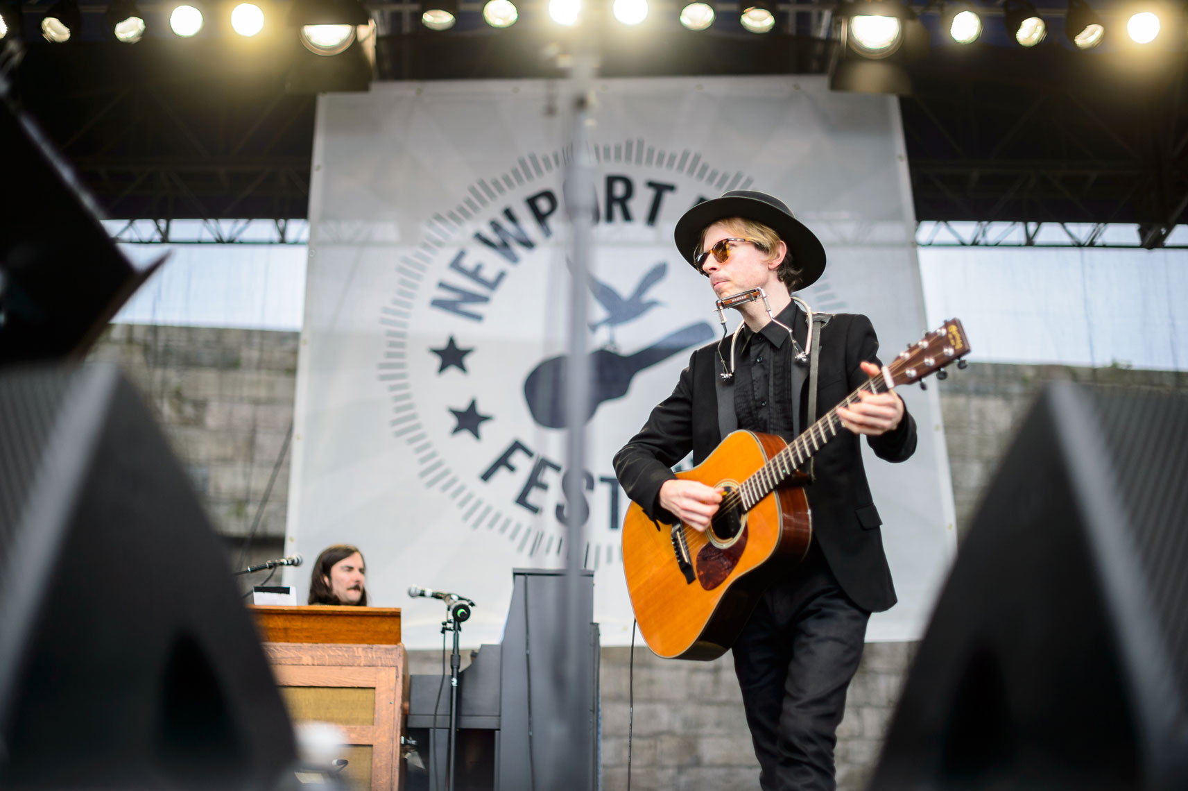 Beck-performs-at-the-2013-Newport-Folk-Festival