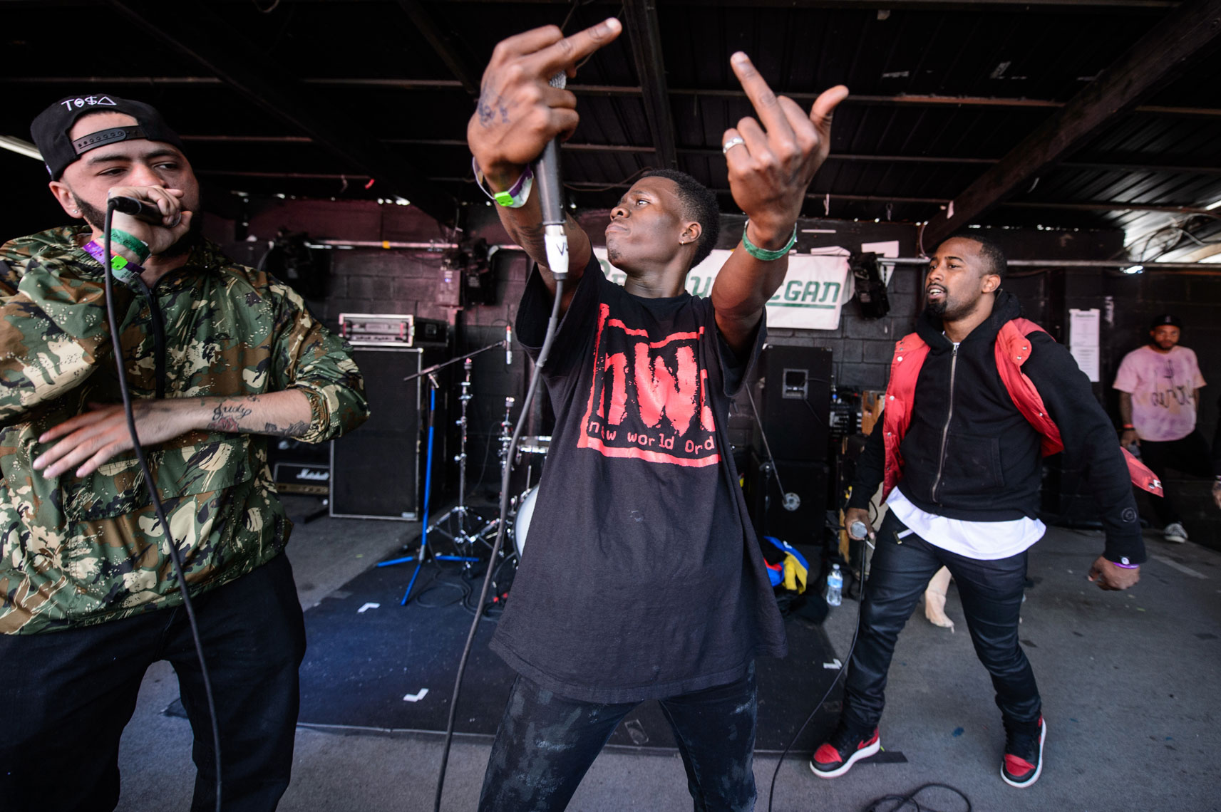 Overdoz-performs-at-Red-7-during-SXSW-2014-5