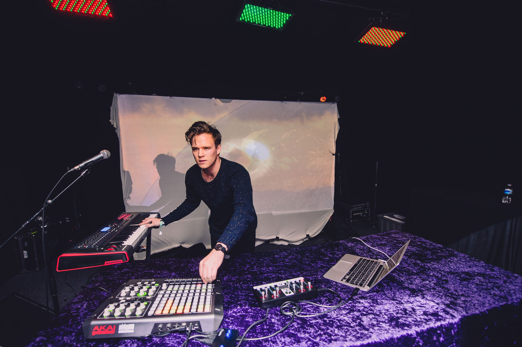 Tourist-performs-at-the-2013-Mountain-Oasis-Electronic-Music-Summit-2